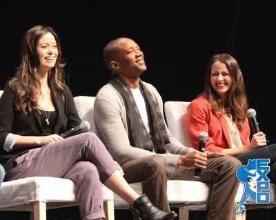 Summer Glau, Amy Acker and J. August Richards at the Whedonverse panel at Edmonton Expo