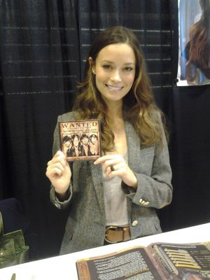 Summer Glau got a copy of Browncoat Outlaws today!