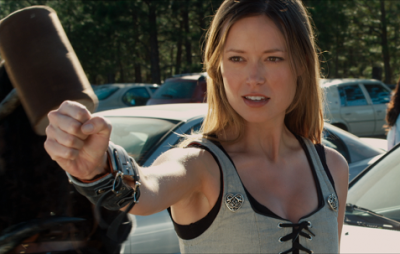 Summer Glau as hot, ass-kicking LARPer Gwen in horror comedy Knights of Badassdom