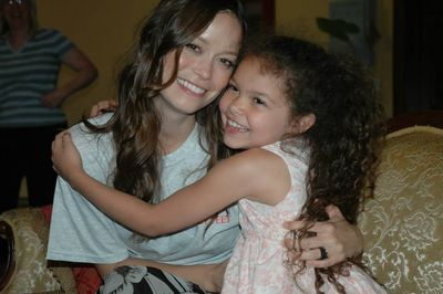 Summer Glau Poses with Ballet Students at Bohemia Mining Days, Cottage Grove, Oregon - July 20, 2013
