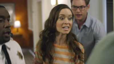 Summer Glau as Anna in Sequestered 1x11 'Johannesburg'