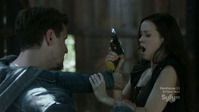 Summer Glau uses a supercharged stun gun in Alphas