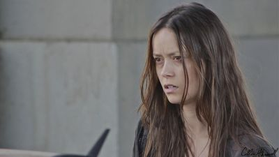 Summer Glau in Dead End
