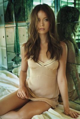 Summer Glau photoshoot by Marc Hom for GQ