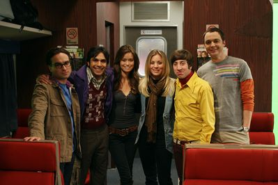 BTS photo on set of The Big Bang Theory with Summer Glau and the cast