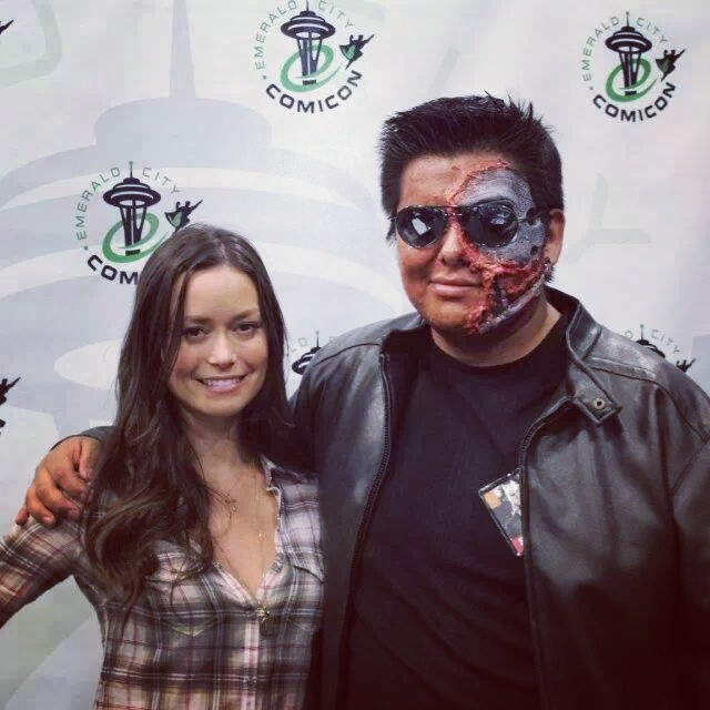 Summer Glau with a fan disguised as the Terminator at Emerald City Comicon