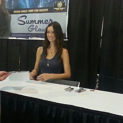 Summer Glau autograph session at Philadelphia Comic Con