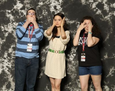 Funny photo op with Summer Glau at Awesome Con