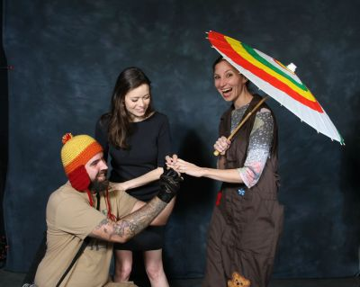 Fans' surprise marriage proposal during Summer Glau Photo Op at Comikaze Expo