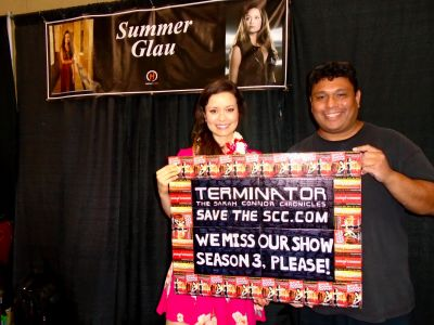 Summer Glau is TALL! No heels, just flats. She's quiet but genuine and caring.
